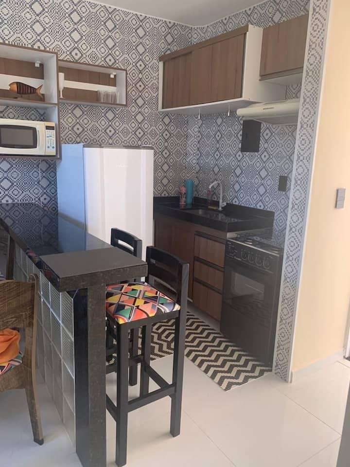 Apartamento com 1 quarto, sala, cozinha e banheiro