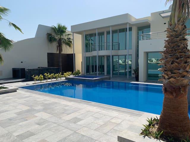 Luxury Seaview family villa