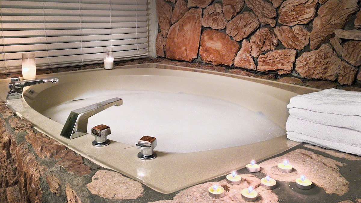 romantic cabin fireplace jacuzzi tub sauna uamp ac houses for rent in lake arrowhead california united states