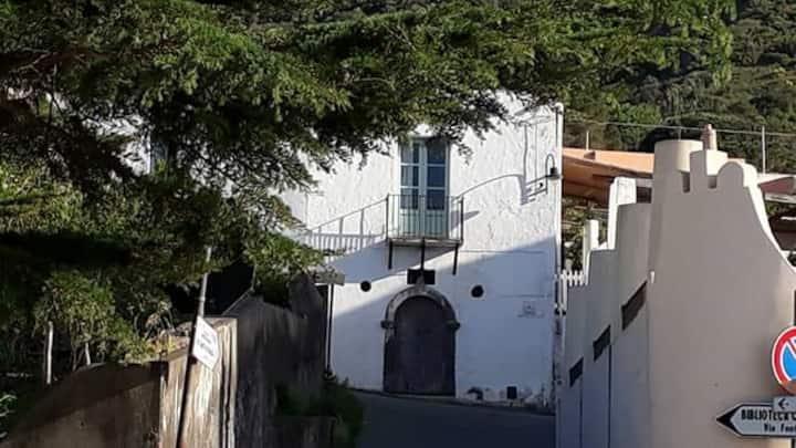 Casa Madeinsalina Salina
