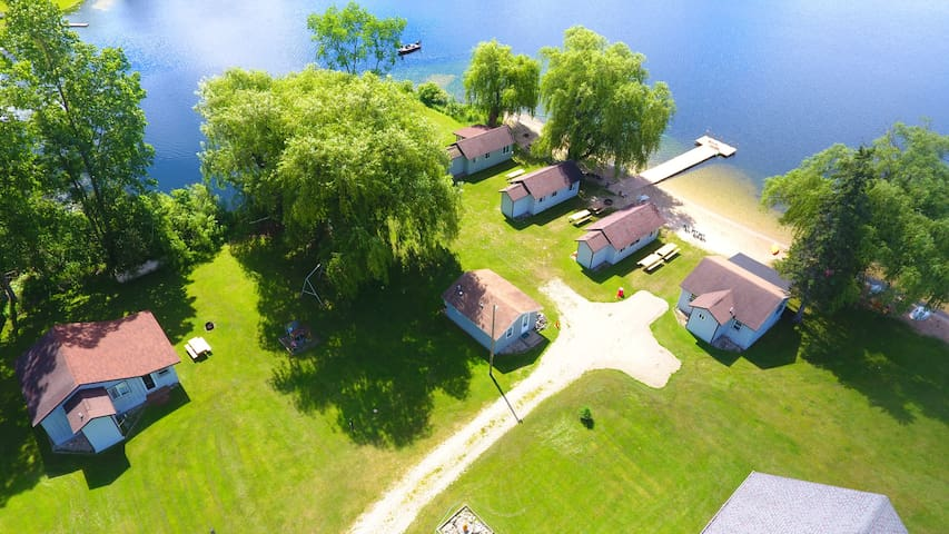Lake George Resort Cabin 5