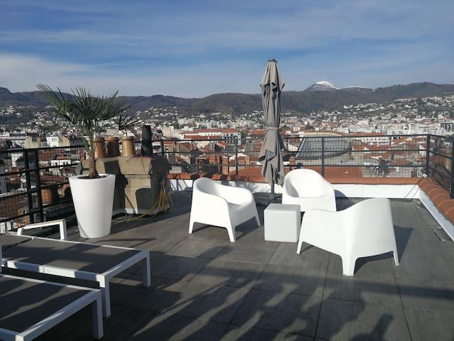 Clermont Hyper centre avec terrasse panoramique