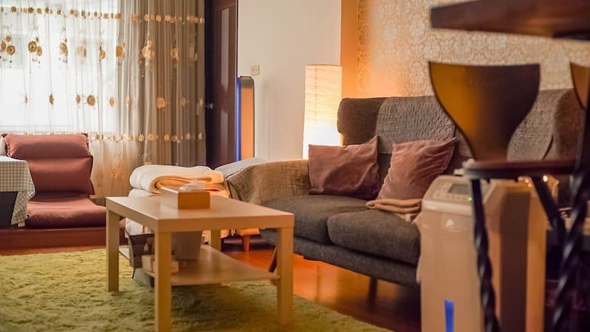 Living Room / 客廳空間