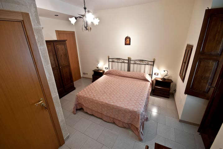 Room Mura in Monopoli - Monopoli - Bed & Breakfast