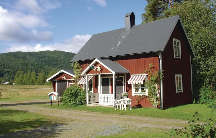 Holiday cottage with 1 bedroom on 37m² in Stöllet