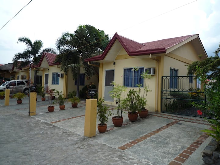 Friendly studio type Apartment near by beach