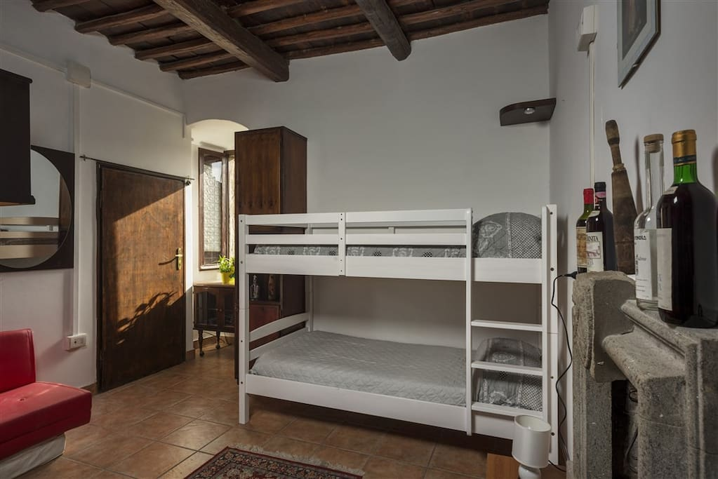 comodissimo letto a castello
