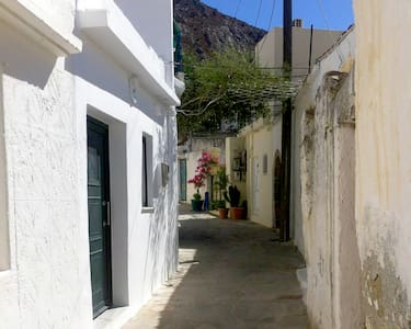 Traditional house at Lefkogia, Rethymno, Crete