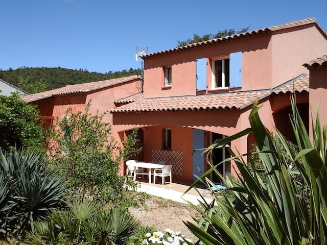 Maison Bormes-les-mimosas (83 Var) - Bormes-les-Mimosas - Casa
