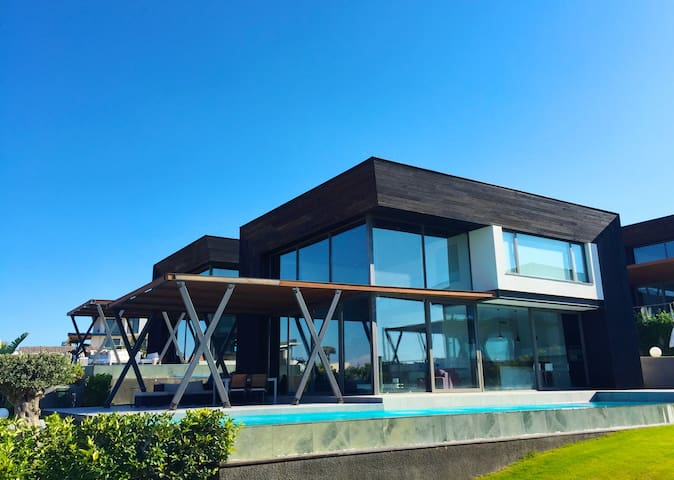 Exclusive Villa in Çeşme, Ayayorgi