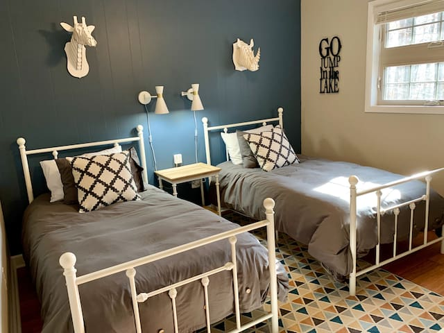 Double twin guest room for extra family or overnight guests.