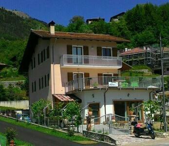 Alloggi turistico Ciclamino - appartam. da 6/4 pax