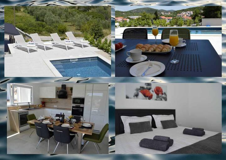 Villa M Tisno