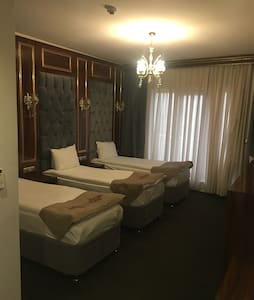 A wonderful room near AirPort - Küçükçekmece - Bed & Breakfast