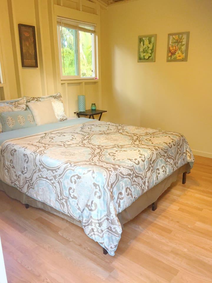 Queen memory foam bed