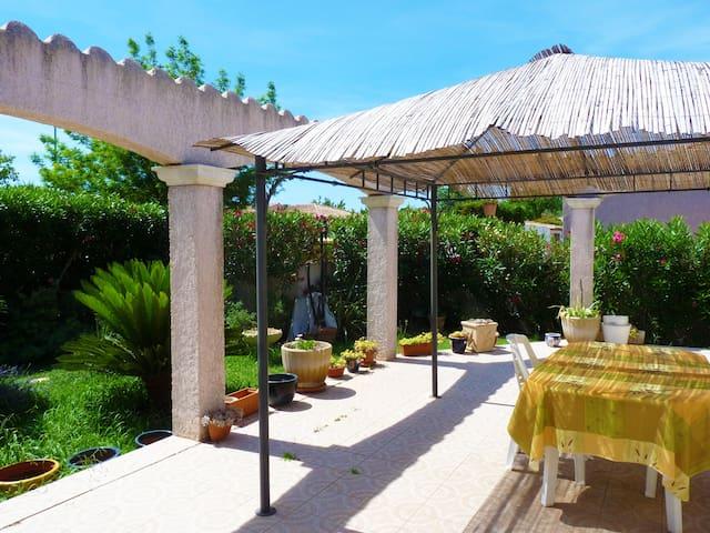 Belle villa calme & confortable - Mèze - Villa
