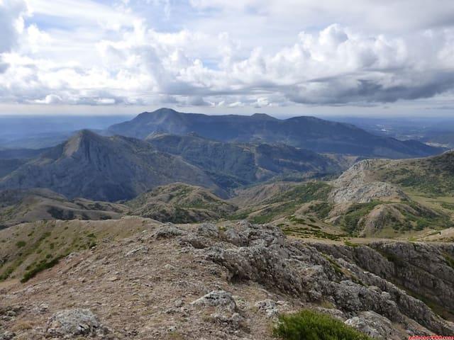 Casa de pueblo en comienzo picos de Europa, León