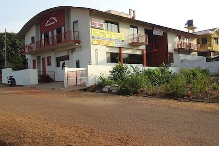 Gomes Pousada Guest House - กัว - เกสต์เฮาส์