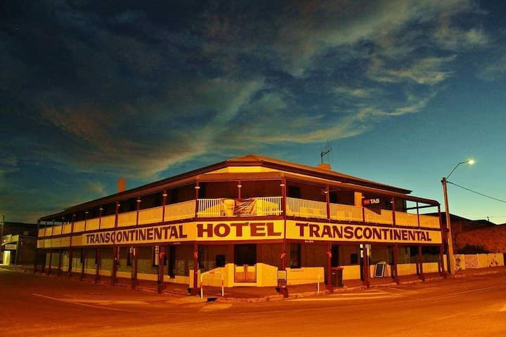 Transcontinental Hotel Quorn Room 17