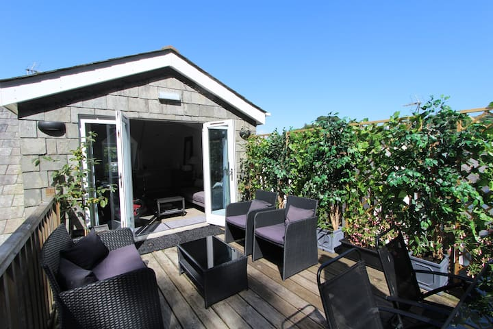 Enpowrering Women - Live a Life You will Love - Fowey - Appartement