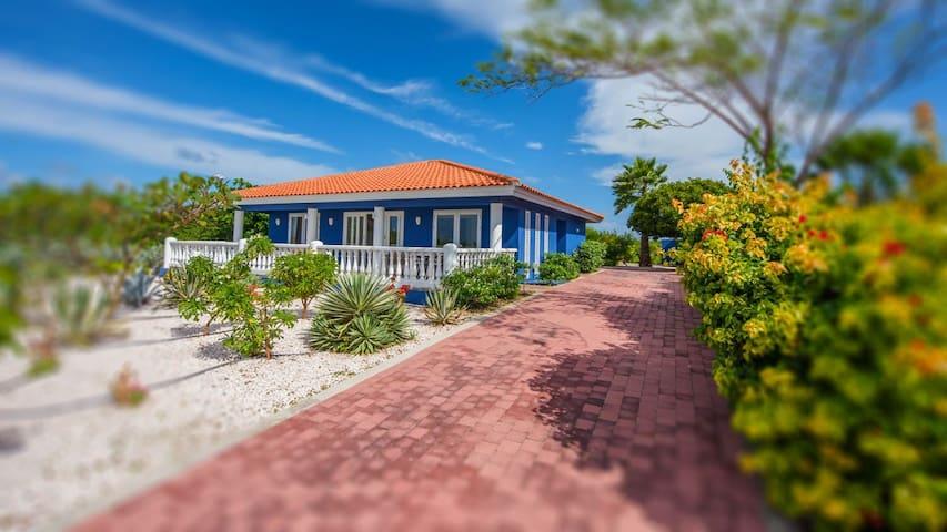 Villa Coral Estate op het mooiste villapark - CW - Villa