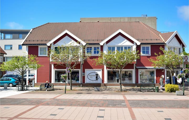Amazing apartment in Søgne with WiFi and 2 Bedrooms