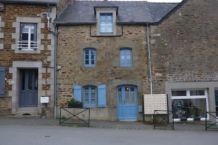 Maison de bourg - Plouër-sur-Rance - Casa