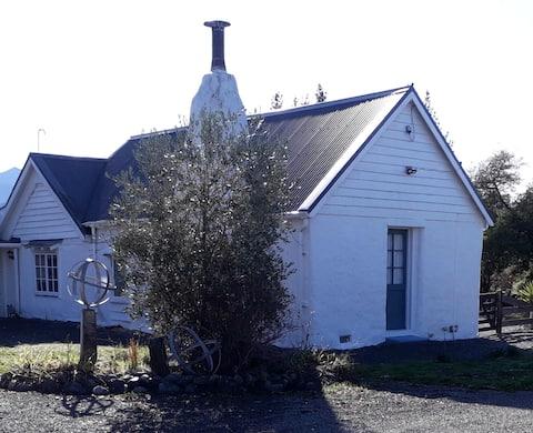 1860 Victorian Cob cottage