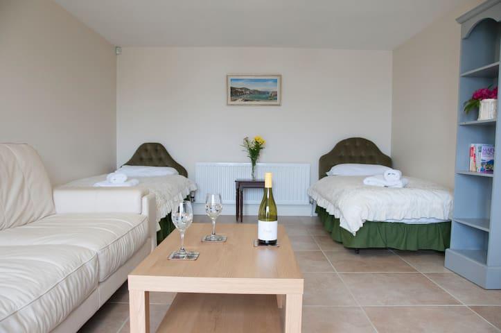 Finn Valley Cottages - Foyle Cottage - Strabane - House