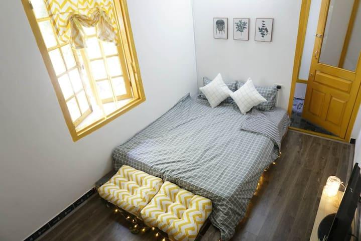 2 BEDS ENTIRE COZY FLAT | Free Breakfast