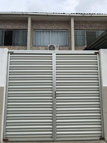 Duplex em Maria farinha
