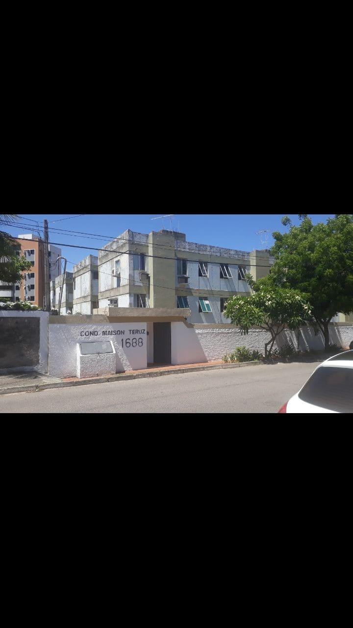 Apartamento mobiliado atrás Unp  Av Roberto Freire