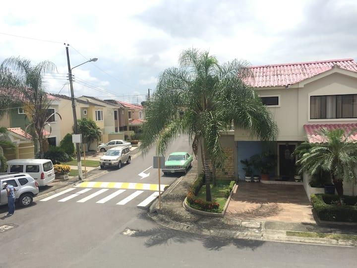 Habitación Comoda - Excelente Zona