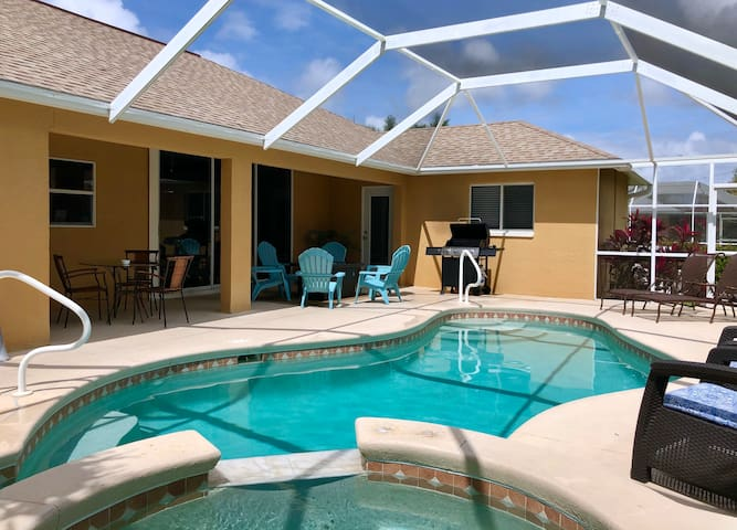 Tranquil, Private Pool/Spa, Cape Harbour Area!