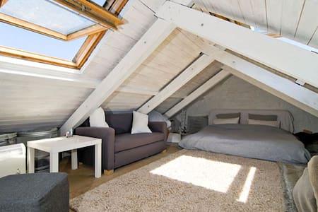 Treveth (attic), Bollowal - Saint Just - Rumah
