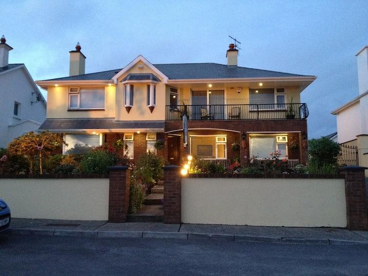 Chelmsford House Lakes of Killarney