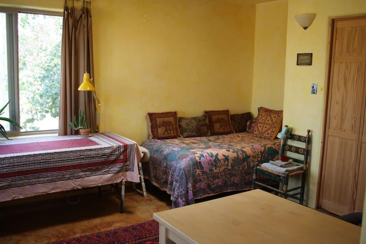 Taos Casa Amarilla Guest Room
