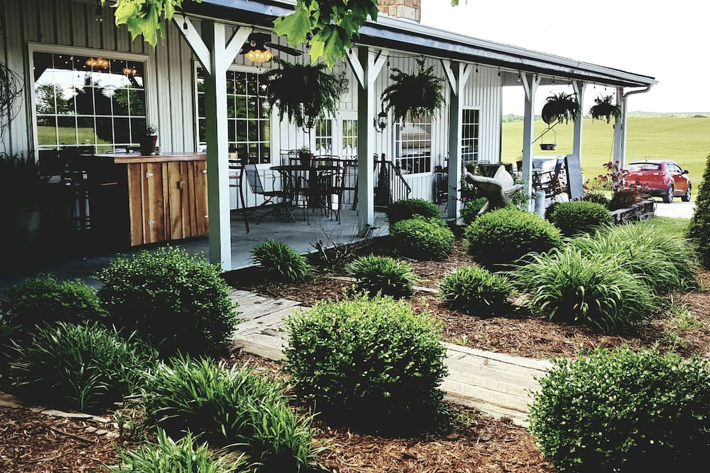 With your $20 daily meal allowence, come join us at our restauraunt Adam's Breezy Hill Farm for a great lunch or dinner. Another beautiful farm location to enjoy some unique, delicious food. Dine inside or out on our wrap around porch. Don't want to leave the farmhouse? We will deliver your food to the house.