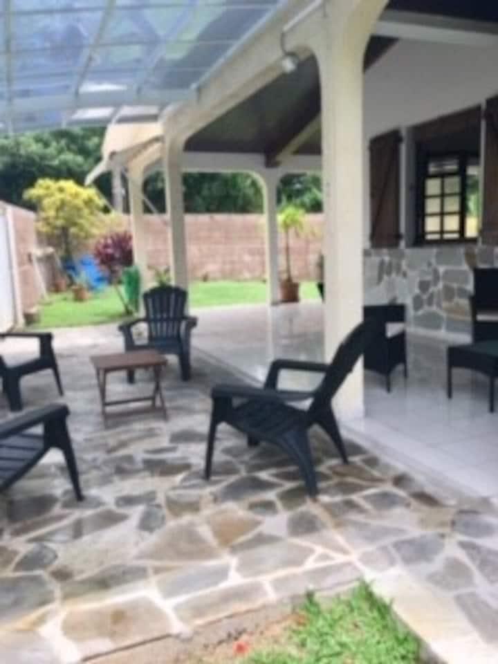 """Belle villa entière """"Corosol"""" 5 personnes"""