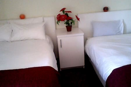 Evelyn Bed and Breakfast - Penzion (B&B)