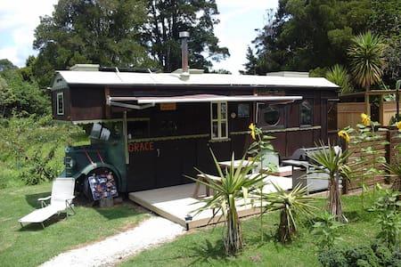 GRACE, the Classic Kiwi Housetruck