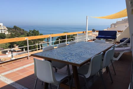 Beautiful sea view apartment on the Costa Brava