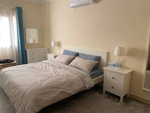 Master bedroom, near to west bay and Cornish dafna