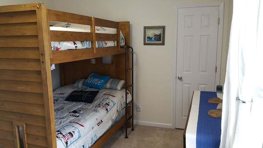 Charleston Bunk Bedroom - Charleston - Appartement