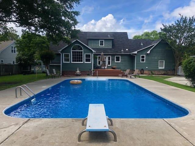 Poolside Living #1