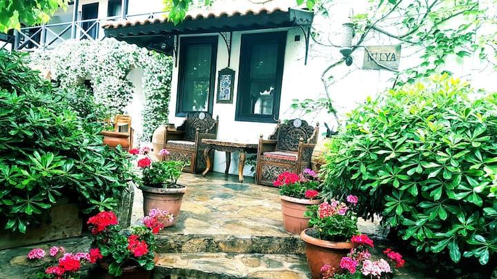 Nılya Balcony Suite