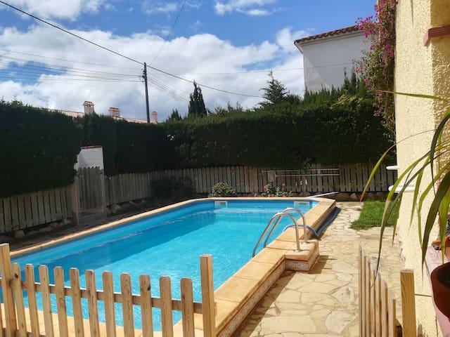 Casa privada con piscina