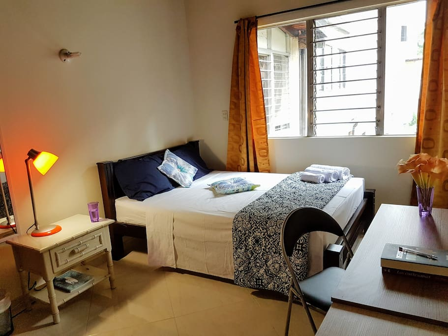Lovely room. Double bed, comfortable desk, night stand, lamp, closet.