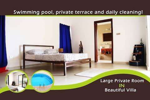 Large Private Room in Beautiful Villa