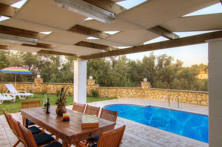 Live in the village at pool villa Kirianna - Kirianna